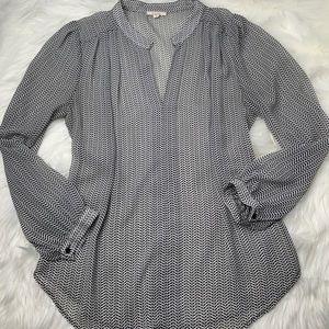 Pleione Women's Sheer Button Up Look Shirt Sz M